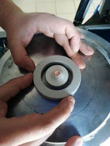 Réacteur servant a faire des synthèse sous très haute pression